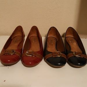 Two pairs of life stride boater flats. Size 8